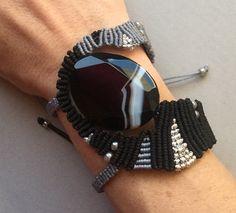 Black Line Agate Gemstone Cavandoli Macrame Bracelet by PrettyKnotsnBeads on Etsy Macrame Necklace, Macrame Jewelry, Macrame Bracelets, Cuff Bracelets, Macrame Dress, Macrame Art, Macrame Knots, Micro Macramé, Hippie Chic