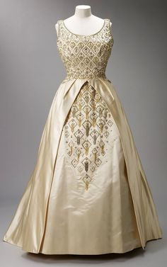 f28299de16f5 Norman Hartnell Evening Gown worn by Elizabeth II to open the third session  of the Thirty-Third Parliament in Wellington
