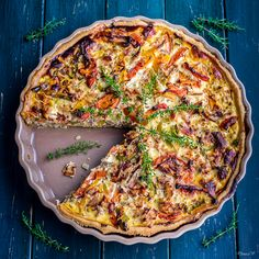 It is not the first time I bake a salty tart / quiche with tuna. I've published some time ago a recipe of Tuna fish quiche . This one is a...