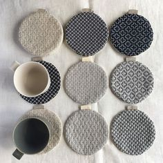 Sashiko Embroidery, Japanese Embroidery, Embroidery Hoop Art, Embroidery Stitches, Embroidery Designs, Fabric Coasters, Diy Couture, Creation Couture, Mug Rugs