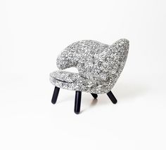 Le fauteuil Pelican fête son 75ème anniversaire - Visit the website to see all pictures http://www.amenagementdesign.com/design/fauteuil-design-pelican-finn-juhl/
