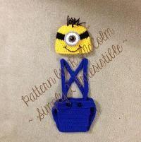 Crocheting: Minion Diaper Cover Set