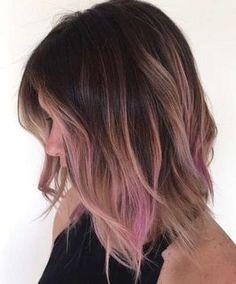 Tendencias en tintes de pelo 2016: Ombre hair rosa pastel - Rosa pastel, castaño y reflejos ceniza