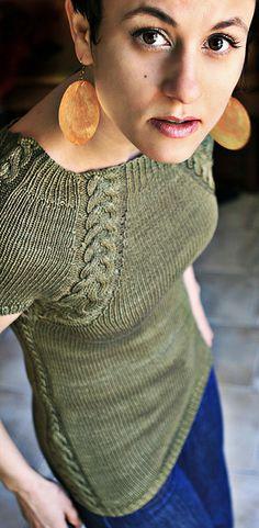 Ravelry: Summer Scabbard pattern by Jennifer Hansen