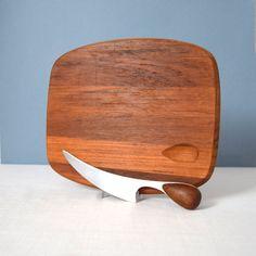 Dansk Torun Cutting Board with Knife