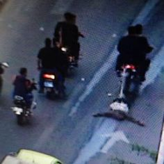 Horrible (Graphic pic): Anderson Cooper tweets pic of Hamas dragging a man behind motorcycle in Gaza | Twitchy