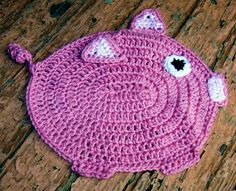 Here piggy piggy. A dishcloth for a friend who likes pigs. This pattern is free and can be found here: http://www.bestfreecrochet.com/2011/10/25/298-the-little-piggy-crochet-dishcloth-maggie-weldon-maggies-crochet/