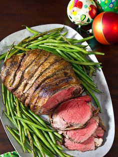 Slow Cooker Honey Garlic Beef Tenderloin is a must-try recipe for the holidays. This is the easiest way to prepare a beef tenderloin without overcooking! Crockpot Beef Tenderloin Recipe, Slow Cooker Beef Tenderloin, Ribeye Roast, Fall Crockpot Recipes, Roast Recipes, Slow Cooker Recipes, Crockpot Meals, Entree Recipes, Recipes Dinner