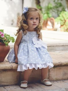 LA ORMIGA SS 2017 Sewing Kids Clothes, Cute Baby Clothes, Baby Sewing, Kids Clothing, Toddler Girl Dresses, Little Girl Dresses, Little Girl Fashion, Kids Fashion, Toddler Fashion
