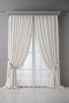These 20 Kitchen Curtains Will Lighten, Brighten as well as Restyle Instantly! These 20 Kitchen Curtains Will Lighten, Brighten as well as Restyle Instantly! - Home - Windows Treatments - Luxury Curtains, Home Curtains, Curtains Living, Modern Curtains, Curtains With Blinds, Kitchen Curtains, Window Curtains, Shabby Chic Curtains, Luxury Bedding