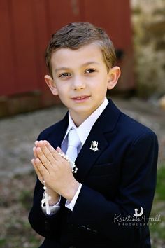 Outdoor Communion Portraits  © Kristina Hall Photography  www.kristinahallphotography.com #Communion