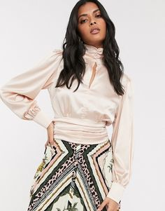 Buy Vila satin high neck blouse with open back in pink at ASOS. With free delivery and return options (Ts&Cs apply), online shopping has never been so easy. Get the latest trends with ASOS now. Blouse Col Haut, Blouse En Satin, Satin Blouses, High Neck Blouse, High Neck Top, Asos, Blouse Outfit, Pink Fashion, Party Wear