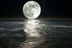 Full Moon over Ocean Photography (Art Prints, Wood & Metal Signs, Canvas, Tote Bag, Towel) Ocean Wallpaper, Photo Wallpaper, Man On The Moon, Water Reflections, Ocean Photography, Creative Photography, Full Moon, Wall Murals, Bedroom Murals