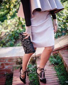 Hoy en el blog un nuevo look de invitada con vestido de @cousinbliss  Todas las fotos de @padilla_rigau en @masiaegara en el post de hoy!{link en bio}  #invitada #invitadaboda #invitadainvierno #invitadaconestilo #lookinvitada #invitadaperfecta #lookboda #weddinglook #guestlook by misscavallier