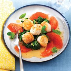 http://www.cleaneatingmag.com/Recipes/Recipe/Scallops-with-Wilted-Spinach-Grapefruit-and-Mint.aspx