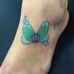 Love this Little Mermaid-inspired Disney tattoo.