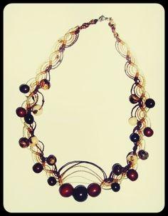 Collar macramé con semillas asaí y choloque; tonos café  #collar #macramé #café #asaí #choloque #tejido
