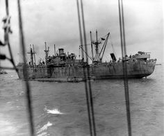 A Liberty ship discharge in a Rhino Ferry. http://omahabeach.mulberry.free.fr/123-Rhinoferry.html
