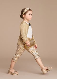 Discover the new Dolce & Gabbana Children Girl Collection for Summer 2016 and get inspired. Little Girl Outfits, Little Girl Fashion, Cute Little Girls, Little Girl Dresses, Toddler Fashion, Toddler Outfits, Kids Fashion, Girls Dresses, Outfits Niños