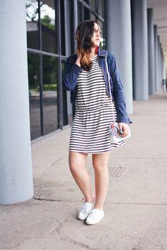 Xá de Amora - Blog de Moda: Look - Listras e Tênis Branco