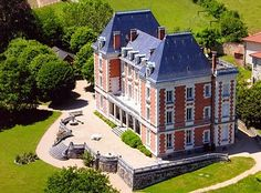 Chateau de Verbust Saint Mamert - Rhone-Alpes
