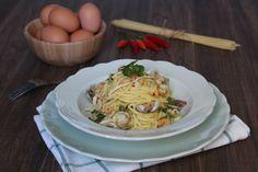 Spaghetti alla carbonara di mare è un primo piatto veramente buono e veloce da preparare che piacerà a tutta la famiglia.