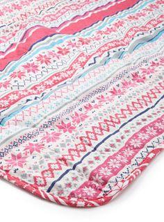 Pretty Cosy Bedspread