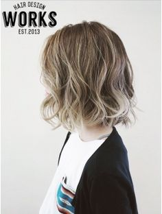 立体カラーグラデーションボブヘアー Medium Hair Styles, Short Hair Styles, Curled Hairstyles, Cool Hairstyles, Bob Hair Color, Hair Arrange, Hair Shows, Looks Chic, Hair Images