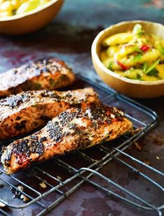 Jerk Barbecued Salmon Steaks with Mango 'Chop Chop' Salad from Levi Roots' Grill it With Levi cookbook. Never has salmon tasted so good. You'll be making the salad to go with all sorts of things – it's just as fabulous with chicken and pork. Barbecue Recipes, Grilling Recipes, Cooking Recipes, Healthy Recipes, Vegan Barbecue, Barbecue Sauce, Vegetarian Grilling, Healthy Grilling, Vegetarian Food