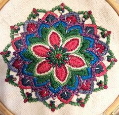 המנדלה שרקמה לאה בנימין, הדפס ג'וליקה Crochet Projects, Beach Mat, Outdoor Blanket, Embroidery, Mandalas, Needlepoint, Needlework, Embroidery Stitches, Cut Work