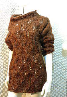Купить Chokonut, вязаный спицами удлиненный ажурный пуловер из мериноса - коричневый, свитер вязанай