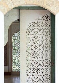door, mughal suite, shangri la, honolulu