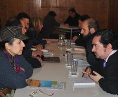 Una vez al mes se realizarán audiencias públicas para la comunidad, donde el Alcalde Balmaceda y los directores de los departamentos municipales, se reunirán para atender las inquietudes de la comunidad.
