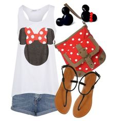 AAAHHHH!!! This has got DIsney World (or Land) written all over it!! cute! Mickey would appreciate it i bet.