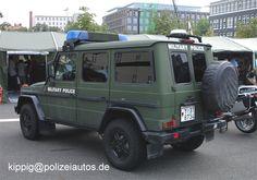 Sondergeschützes Streifenfahrzeug der Feldjäger.  Das Fahrzeug findet vorwiegend bei Auslandseinsäten, als Streifenfahrzeug, der Feldjäger Verwendung. Wolf SSA (Sonderschutz-Ausstattung, 3. Version)