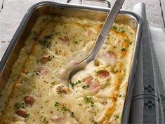 Nakki-perunamuusivuoka | Valio Getting Hungry, Quick Meals, Cheeseburger Chowder, Sausage, Soup, Potatoes, Dinner, Cooking, Easy