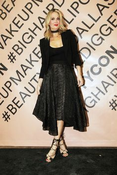 Molly Sims attends the 2nd Annual Beautycon Festival in Dallas, Texas.