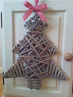 Extra Large Rattan Christmas Tree with Red Gingham Hanger. Stylish and unusual. Large Christmas Tree, Alternative Christmas Tree, Miniature Christmas Trees, Newspaper Basket, Newspaper Crafts, Willow Weaving, Basket Weaving, Christmas Paper Crafts, Christmas Crafts