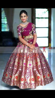 Lehenga Saree Design, Half Saree Lehenga, Lehnga Dress, Lehenga Designs, Half Saree Designs, Sari Blouse Designs, Stylish Dresses For Girls, Girls Dresses, Half Saree Function
