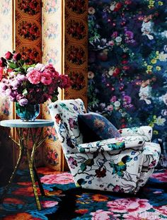Floral on Floral for a bohemian living room from ~ La Maison Boheme