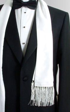 Black Tie Tuxedo Accessories - Cufflinks, Studs, Gloves etc. Sharp Dressed Man, Well Dressed Men, White Tuxedo Wedding, Tuxedo Coat, Black Tie Affair, Gentleman Style, Gentleman Fashion, Wedding Suits, Wedding Tuxedos