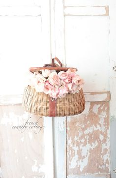 FRENCH COUNTRY COTTAGE: Vintage Fishing Creel