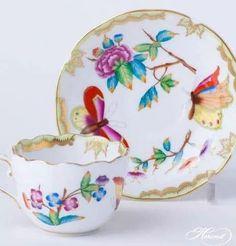 Chocolate Cups, China Patterns, Tea Cup Saucer, Teacup, Tea Set, Tea Time, Tea Party, Coffee Cups, Bowls