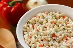 Macaroni salad recipes are perfect for a summertime picnic or family barbecue. Quick and easy, pasta salad has become a staple at any get-together. Creamy and delicious, you can add any of your favorite vegetables into the mix. Easy Macaroni Salad, Classic Macaroni Salad, Vegan Recipes, Cooking Recipes, Easy Cooking, Potluck Dishes, Party Dishes, Potluck Recipes, Chopped Salads