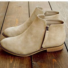 Name Casual Shallow Flat Side Zipper Martin Boots Brand Pinksia SKU Product no. Low Heel Ankle Boots, Ankle Shoes, Low Heel Shoes, Black Ankle Boots, Shoe Boots, Calf Boots, Women's Shoes, High Heels, Flat Booties