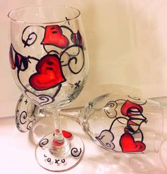 Hearts wineglasses painting.