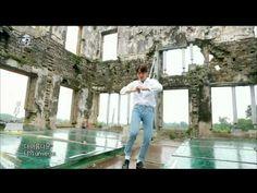 150814 2015 DMZ 평화콘서트 EXO Love me right 1080 - YouTube <- Xiumin looks so hot in the recording.