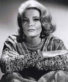 Gena Rowlands (born June is an American actress of film, stage and television from Madison, Wisconsin. Golden Age Of Hollywood, Hollywood Glamour, Hollywood Stars, Classic Hollywood, Old Hollywood, Gena Rowlands, Mamie Van Doren, Famous Women, Famous People