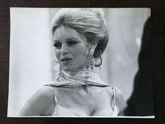 Alain Dagbert/Vizo - Brigitte Bardot - 1970 - Catawiki