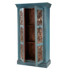 Armoire Jodhpur: This Indian furniture has two doors carved from reused wood originating from old Indian houses. This brightly coloured wooden cupboard has been given an antiqued finish to give it an uneven appearance, making it a true one-off piece. This storage unit is perfect for an exotic design style, adding soul to your living room.